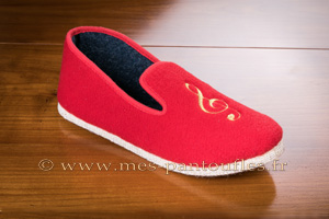 CHAUSSONS MUSIQUE ROUGE