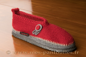 Chaussons Giesswein rouge et gris